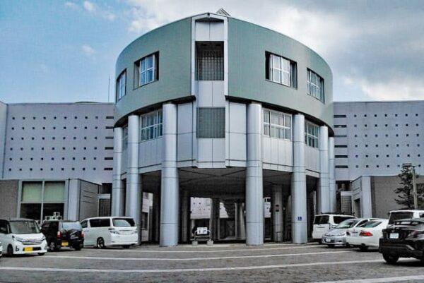 東留伽アナの出身高校、札幌南高等学校