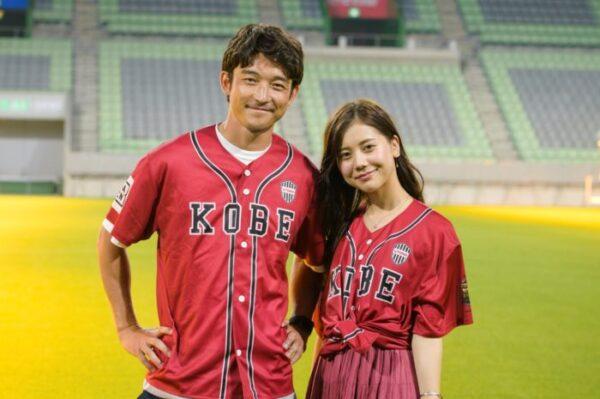 DAZNの企画でデートをする今井美桜アナと西大伍選手