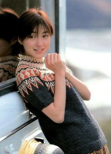 市來玲奈アナに似ている?若い頃の広末涼子さん