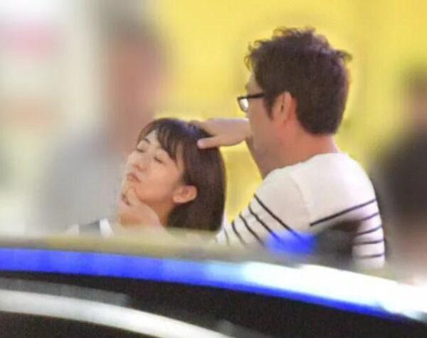彼氏とラブラブデートの様子をスクープされる唐橋ユミ