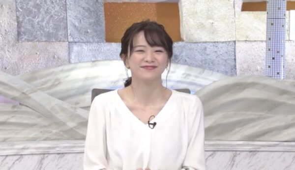 森香澄アナのほくろチラ見え画像